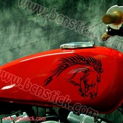 """Kit """"Caballo Tribales"""" estilo Harley Davidson"""